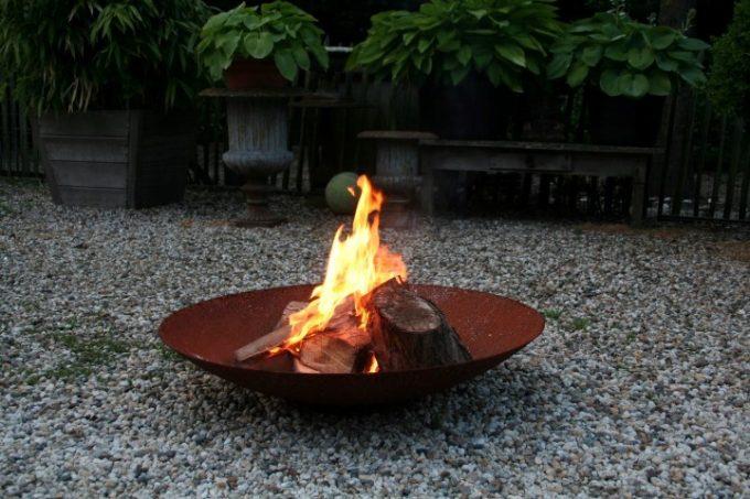 Rostige Feuerstelle